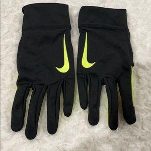 Nike Thermal Neon green/black glove XL slim fit